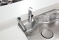 浄水・お湯・水に加えて便利なハンドシャワー機能を一体化しました。シンクの汚れもさっと洗い流せます。