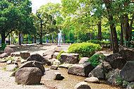 蕨市民公園 約490m(徒歩7分)