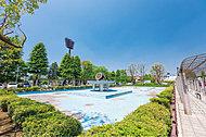 青木町公園総合運動場 約800m(徒歩10分)