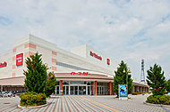 イトーヨーカドー津久野店 約2,390m(自転車12分)