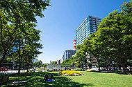大通公園 約640m(徒歩8分)