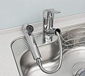 美味しい水がいつでも利用できる浄水器一体型。(掲載の写真はオプション仕様となります。)※有料でカートリッジ交換が必要です。