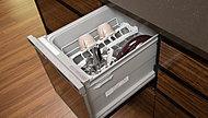 頑固な汚れもしっかり落とす、ビルトイン食器洗い乾燥機を標準装備。