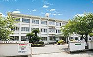 長浜小学校 約460m(徒歩6分)