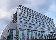 県立中央病院 約470m(徒歩6分)