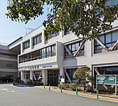 三島市役所 約610m(徒歩8分)