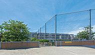 藤沢市立片瀬中学校 約1,680m(徒歩21分)