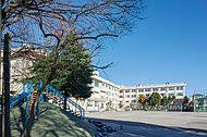 船堀第二小学校 約260m(徒歩4分)