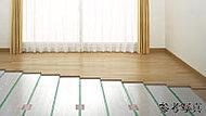 リビング・ダイニングには、部屋全体を優しく暖める床暖房を装備しています。