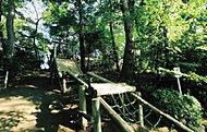 滝の根公園 約200m(徒歩3分)