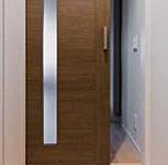 各居室の扉には引き戸を採用。開き戸と異なり、開閉具合によって風量を調節できます。静かに操作できる衝撃吸収タイプです(一部除く)。