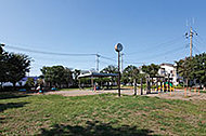 上東公園 約110m(徒歩2分)