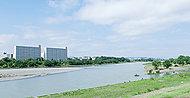 多摩川 約760m(徒歩10分)