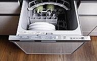 パーティーなどの食器も一度にセットでき、洗浄から乾燥までスムーズに。節水効果も期待できます。