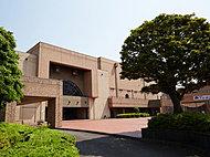 伊勢原市民文化会館 約1,080m(徒歩14分)