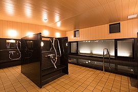 入居者専用サウナ付大浴場「ふれあいの湯」では、リラックスしたなかで親子のスキンシップを演出し、コミュニケーションをより深く育みます。