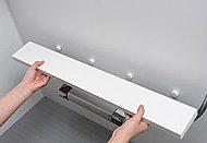 洗い場のカウンターは取り外せるので、お掃除がしにくい溝や裏側もお手入れ簡単、清潔です。