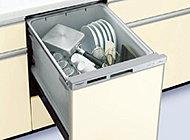 家事の負担を軽減し、忙しい都心の生活をサポートする食器洗浄乾燥機を標準装備しました。(※一部タイプを除く)
