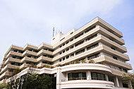 新鶴見公園 約320m(徒歩4分)