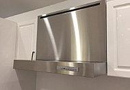 雨天や夜間などの洗濯物の乾燥をはじめ、浴室の換気、暖房、送風などの機能を備えた浴室換気乾燥機を採用しました。