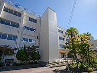 中川中学校 約820m(徒歩11分)