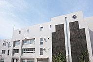 市立神丘中学校 約1,570m(徒歩20分)