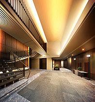 迎賓の間に広がる、格調高い奥行きの美。凛とした時間が流れるエントランスホール。目指したものは、真の迎賓空間にふさわしい建築美。