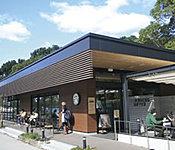 スターバックスコーヒー福岡大濠公園店 約920m(徒歩12分)