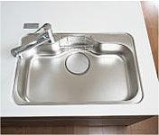 水跳ね音を抑える静音仕様シンクは中華鍋も洗えるゆとりのスペースを実現。便利な水切りプレートや小物置きも設けています。