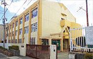 市立本山第三小学校 約200m(徒歩3分)