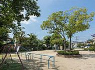 富松公園 約220m(徒歩3分)