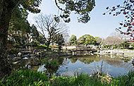 高槻城跡公園 約520m(徒歩7分)