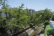 山崎川 約580m(徒歩8分)