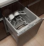 汚れ具合いに応じて4段階の運転コースがあり、効率よく的確に食器が洗え、節水効果も期待できます。それだけでなく熱で乾燥するので衛生的。