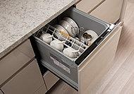 スマートカゴで食器のセットもラクラク。洗浄力や使い勝手の基本性能が優れています。