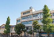 区立上板橋第一中学校 約280m(徒歩4分)