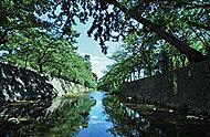 夙川公園 約10m(徒歩1分)