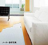 頭寒足熱の健康暖房として評価の高いガス温水式床暖房「ヌック」。ホコリを巻き上げる風も起きにくい、静かでクリーンな暖房装備です。