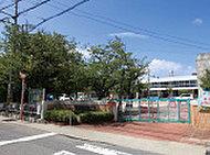 佐古幼稚園 約1,100m(徒歩14分)