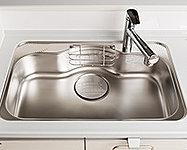 コンパクトで使いやすいシンクと大きな鍋も楽に洗える大容量Zシンク。