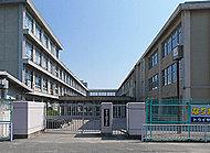 市立山陽中学校 約3,090m(徒歩39分)
