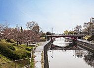 運河公園 約1,750m(徒歩22分)