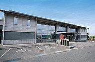 福山市神辺文化会館・福山市かんなべ図書館 約2,190m(徒歩28分)