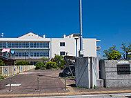松江市立母衣小学校 約10m(徒歩1分)