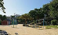山本通公園 約110m(徒歩2分)