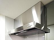 吸い込み効果が高く、お手入れもしやすいホーロー整流板を備えたレンジフードを採用。