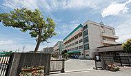 市立南行徳中学校 約680m(徒歩9分)