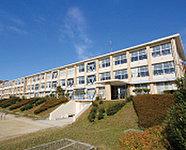 市立陶原小学校 約630m(徒歩8分)