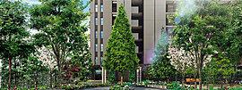 潤いの日常を叶える、緑彩の邸宅。利便性の高い駅近でありながら、豊かな自然の潤いを感じられる地。そんな場所に相応しい邸宅となるよう、街と住まいを結ぶ「シーズンプロムナード」をはじめ、敷地内に豊富な植栽を配しました。