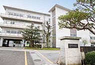 私立泉中学校 約750m(徒歩10分)